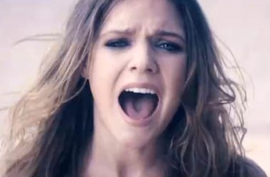 WATCH: Tove Lo Strips Down As She Premieres 'Timebomb' Music Video